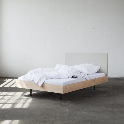 Loft Interior mit Unidorm Bett